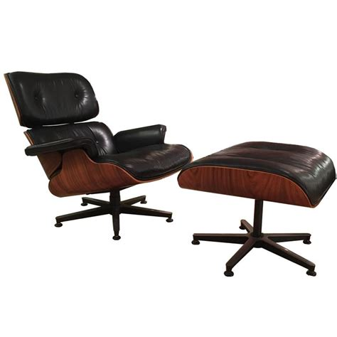 Lounge Chair And Ottoman Eames Lounge Chair And Ottoman By Charles Eames At 1stdibs