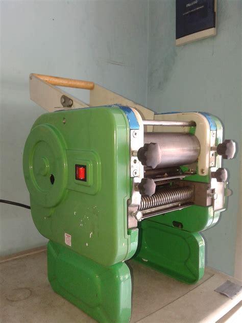 Teflon Pembuat Kulit Lumpia mesin pembuat pangsit atau mesin cetak mie murah di madiun