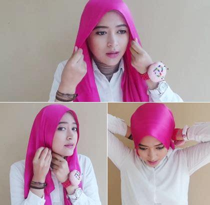 tutorial hijab wisuda menutup dada tutorial hijab menutup dada dengan scarf satin untuk ke