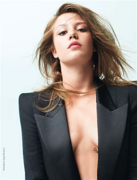 adele profiles adele exarchopoulos actor profile photos latest news