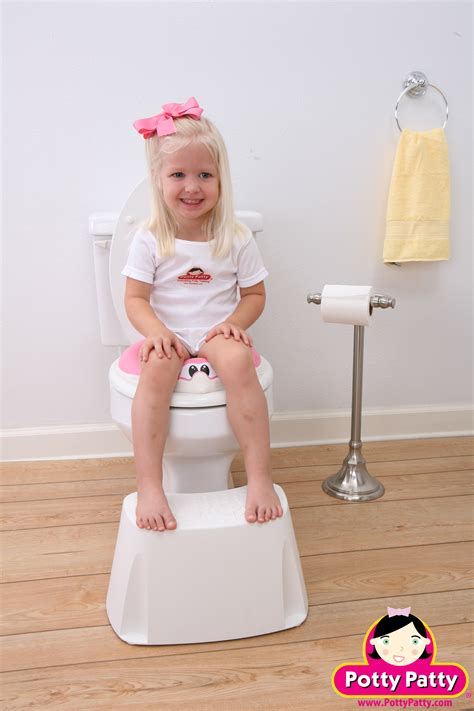 girl on toilet potty training potty seat for girls by potty patty potty patty