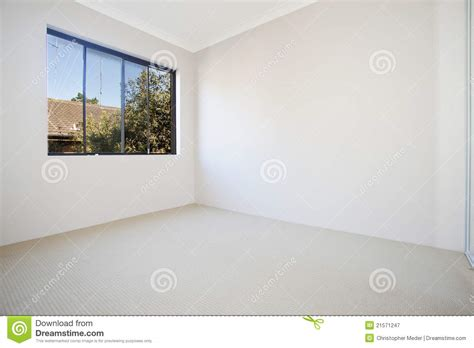 empty white room empty white room royalty free stock photography image 21571247