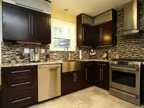 Brown Kitchen Cabinets With Black Island » Home Design 2017