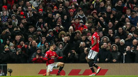 epl highlights manchester united 2 0 huddersfield town epl highlights