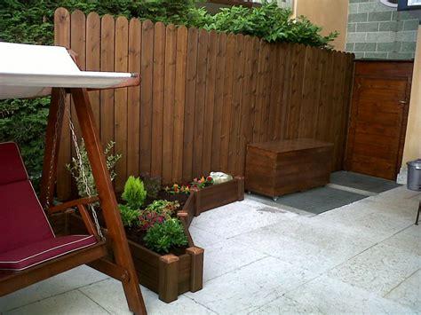 steccato in legno per giardino recinzioni giardino verona recinzioni piscina