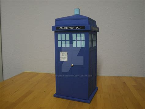 Papercraft Tardis - papercraft tardis by yourprincessluna on deviantart