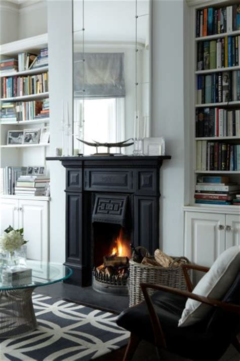 black and white fireplace 1000 ideas about black fireplace mantels on