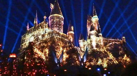 universal studios hollywood light show new quot nighttime lights at hogwarts castle quot harry potter