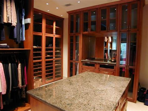 Custom Closet Houston by Custom Closet Ideas And Features Traditional Closet