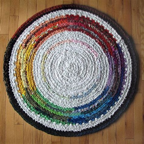 how to crochet a circle rug 1000 best images about handmade rag rugs on crochet home accents and braided rug