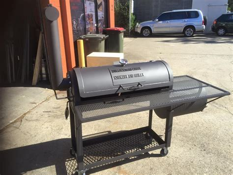 backyard bbq smokers 16 quot backyard classic bbq smoker grill bullockhead