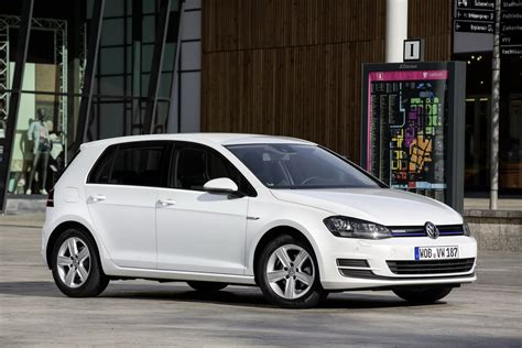 volkswagen tsi vw golf tsi bluemotion is the most economical gasoline