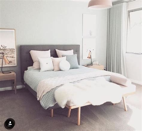 25 beautifully simple rooms that take minimalism to the 25 best ideas about master bedroom minimalist on