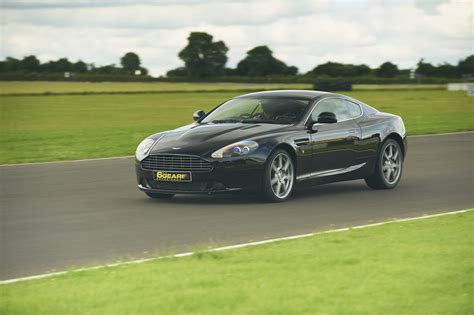 Aston Martin Driving Experience by Ultimate Aston Martin Driving Experience 6th Gear