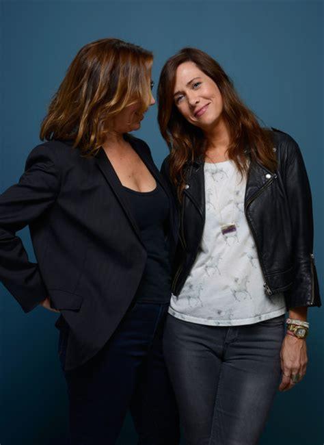 Overseas Loveshhip by Kristen Wiig Photos Photos Quot Hateship Loveship Quot Portraits