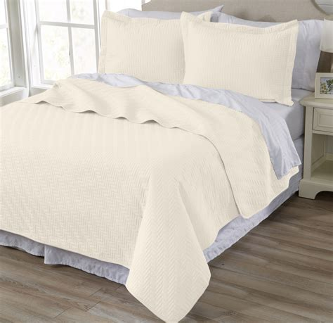 Quilts With Shams Emerson Collection 3 Microfiber Quilt Set With Shams