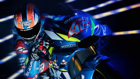 suzuzki gsx rr motogp  wallpapers hd wallpapers