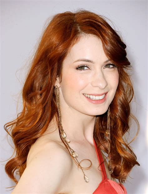 what is felicia day s hair color nerdy alert felicia day on geek and sundry 171 cw44 ta bay