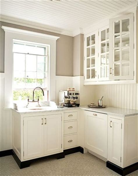 beadboard kitchen cabinets in easy solution easy organization in massachusetts paint colors
