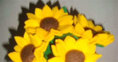 Baquet Mawar Flanel 15 Tangkai airin handicrabby bunga mawar flanel dan bunga matahari tangkai