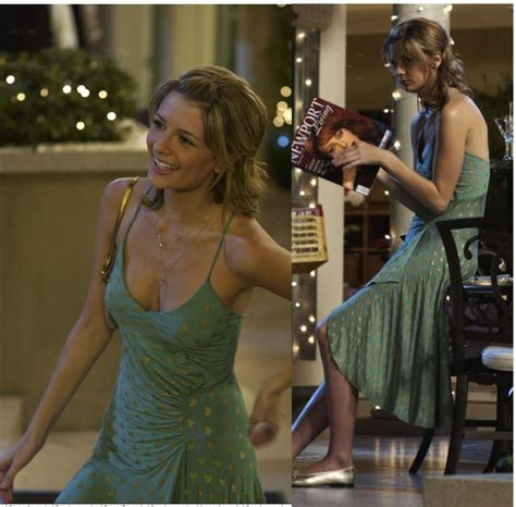 Reading The Oc by Reading Should Entail A Neckline A La Marissa Cooper