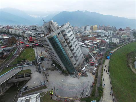 earthquake asia taiwan earthquake toll rises to 9 dead with dozens