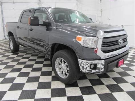 Toyota Tundra Bed Liner Buy Used 14 Toyota Tundra Sr5 4x4 Crew Cab Auto Box