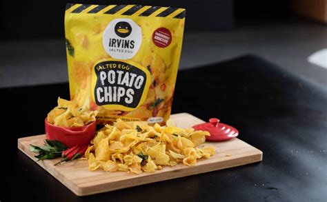 Irvins Salted Egg 105gr 3 irvins salted egg dangerously addictive salted egg snacks singapore