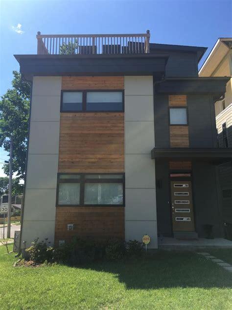 Madeline Blouse House Of Staya grand house downtown immense terrasse sur le toit avec vue magnifique sur la ville