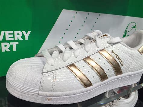 Original Bnib Adidas Superstar Metal Toe adidas superstar metallic gold white honey comb web shell