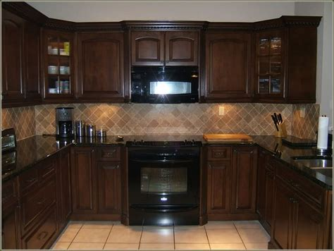 black kitchen cabinets with black appliances best 25 black appliances ideas on pinterest kitchen