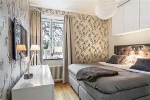 schmales bett kleines schlafzimmer einrichten 25 ideen f 252 r raumplanung