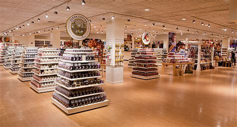Yankee Candle Factory Tour Deerfield Ma by Yankee Candle South Deerfield Ma Ettractions