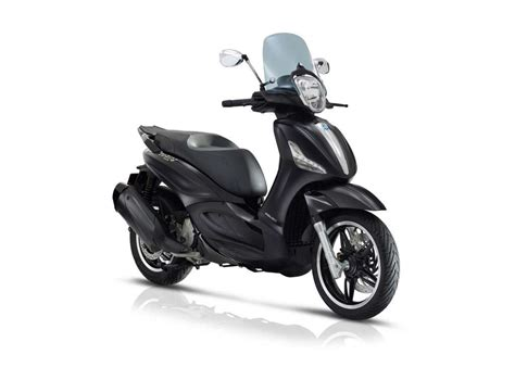 2018 piaggio beverly 350 by review totalmotorcycle