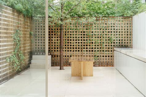 Home Sunrooms Lattice Walled Garden Pawson House By John Pawson Up
