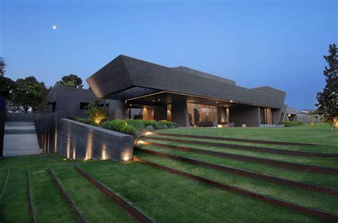 casa minimalista imagenes casa moderna minimalista con dise 241 o de interiores y prado