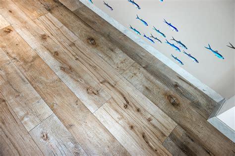pavimento gres legno gres effetto legno e fughe maro cristiani