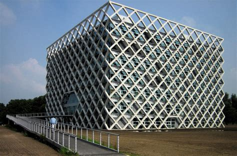 beautiful science labs   world gizmodo australia