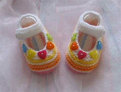 baby booties for a baby girl zapatitos para una bebe zapatitos bebe crochet pinterest baby girl crochet