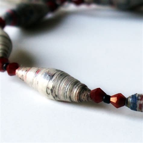 How To Make Paper Bead Jewelry - how to make paper and jewelry tutorials the beading