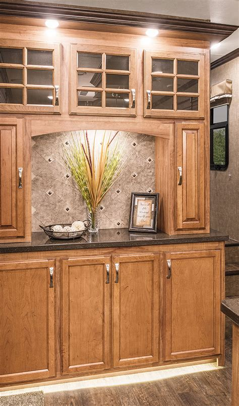 Luxury Fifth Wheel With Solid Wood Cabinetry