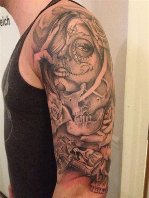 compass tattoo ellenbogen erweiterung ideen hilflos tattoo bewertung de
