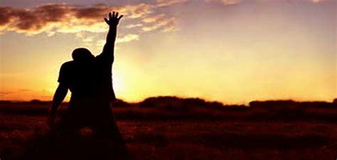 imagenes de gente orando a dios fotos de personas orando pictures to pin on pinterest