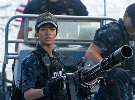 rihanna s battleship mentor says star loved handling