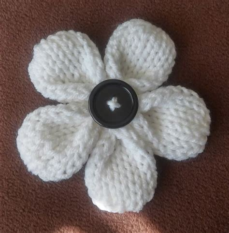 pattern knitted flowers five petal flower loom knit pattern one of the best loom