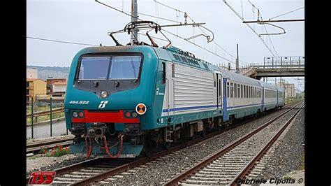 Carrozze Treni Treni Treno Regionale Con E464 Carrozze Uic X In Tr