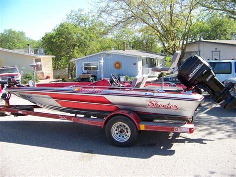 1988 skeeter bass boat 1988 skeeter starfire near mint condition kick bass