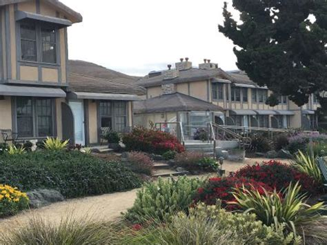 book cottage inn by the sea pismo california