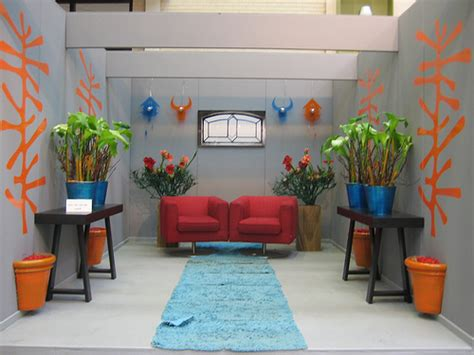 Symmetrical Interior Design by Symmetrical Balance