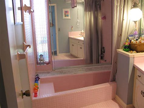 pink bathrooms pink is a religion shambie s 1964 pink tiled in bathtub retro renovation